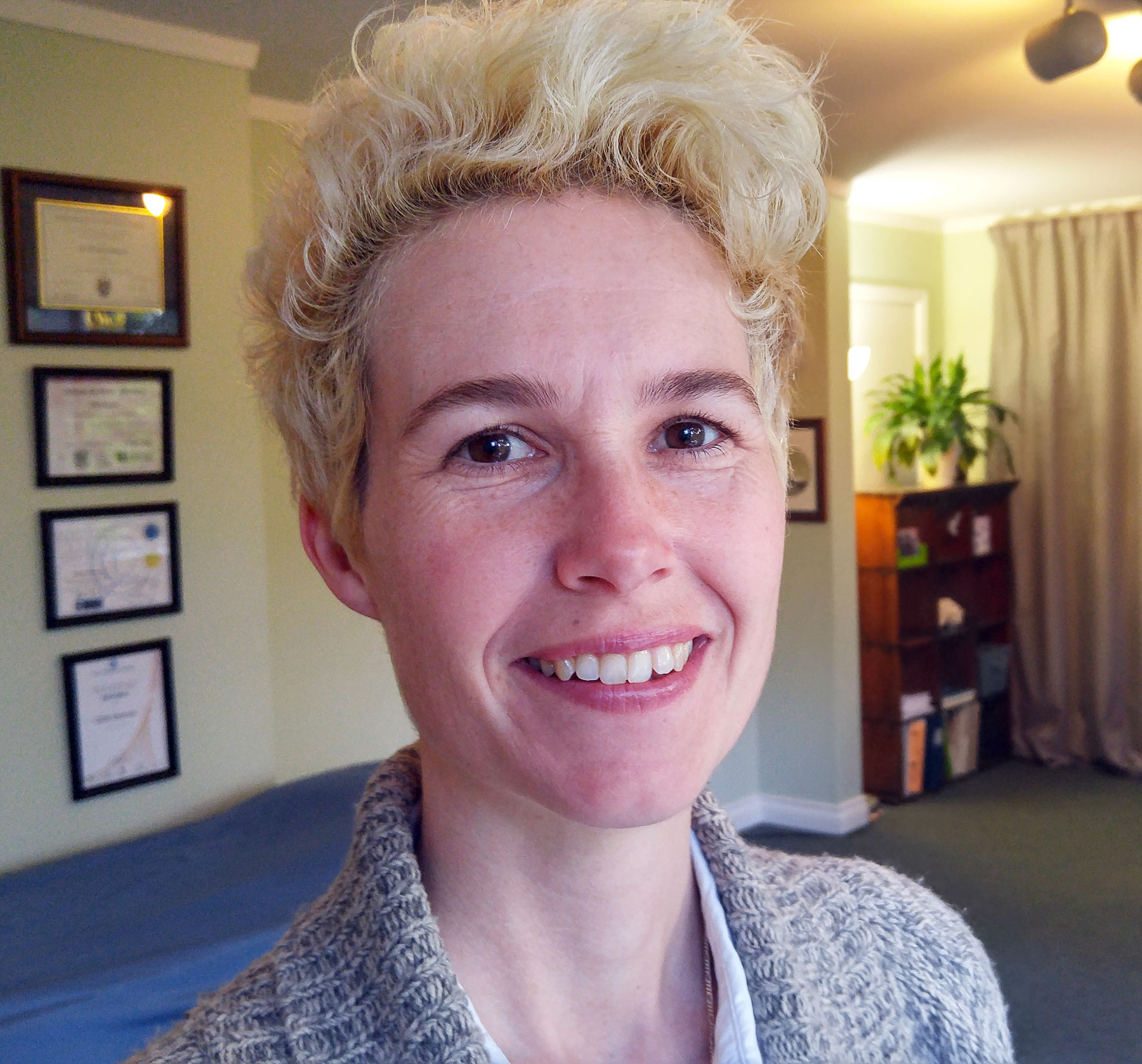 Gilda Shannon is the founder and primary therapist at Victoria Craniosacral